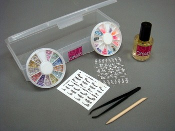 Kit para decorar las uñas
